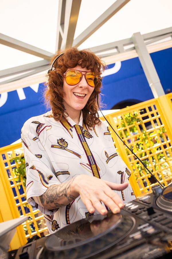 Tuxedo DJ Set
